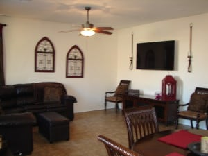 South Phoenix homes for sale  2626 W Gary Way Phoenix Az 85041 living 2